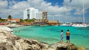 Playa-tortugas-en-Cancún